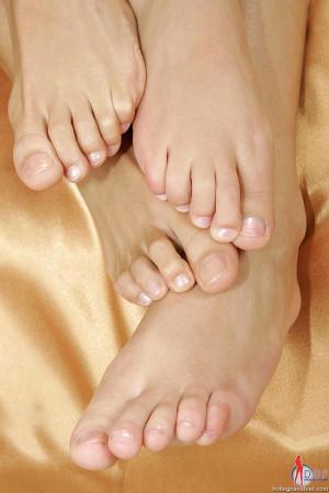 Samantha W & Zoe licking their feet