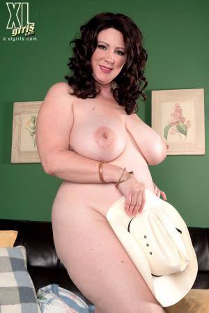XLGirls.com – Jasmine Jones – The Hot Wife Returns (60 Photos)