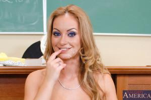 Aline & Scott Nailsin My First Sex Teacher – Naughty America