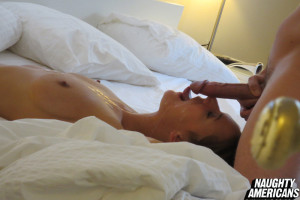 Naughty Americans – Friend Records His Friend Fucking Hot Chick