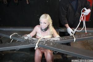 Britney Amber – Blonde slut leaking cum from all fuck holes
