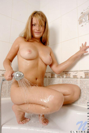 Cute blonde squeeze off her tits looking so steamy and ready for action