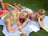 Three blonde hotties nude and form daisy chain in garden