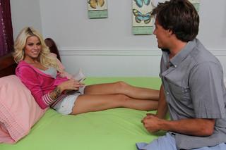 Jessa Rhodes & Tyler Nixon in Fast Times - Naughty America