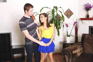 Sara Luvv & Jake Taylor in Fast Times - Naughty America