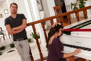 Capri Cavanni & Xander Corvus in My Dad´s Hot Girlfriend - Naughty America