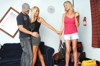 Bridgett Lee, Misty Vonage & Johnny Sins in My Friend´s Hot Mom - Naughty America