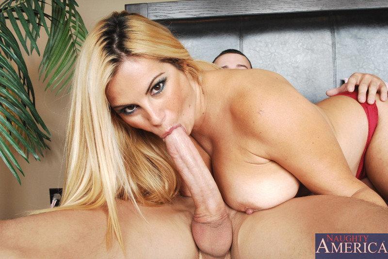 Lesbian sex pussy licking orgasms