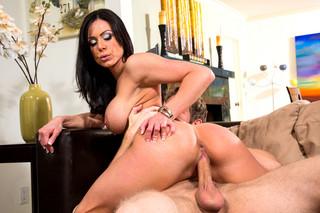 Kendra Lust & Danny Wylde in My Friend´s Hot Mom - Naughty America
