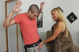 Lisa DeMarco & Xander Corvus in My Friend´s Hot Mom - Naughty America