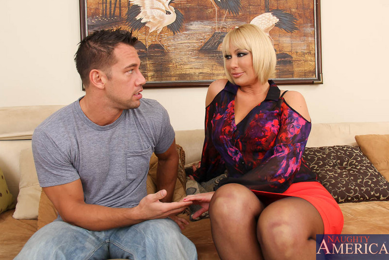 Naughty America Review - Best Porn