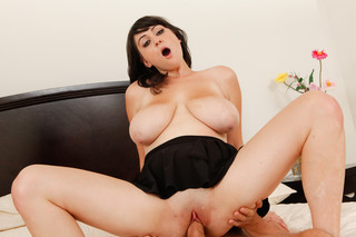 Beverly Paige & Will Powers in My Girlfriend´s Busty Friend - Naughty America