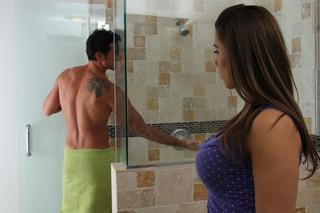 Natasha Vega & Ryan Driller in My Girlfriend´s Busty Friend - Naughty America