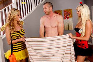 Jessie Rogers, Rikki Six & Jordan Ash in My Sister´s Hot Friend - Naughty America