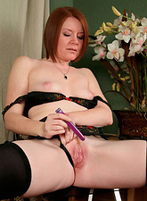 Ariana Carmine  Sexy Ariana Carmine uses a vibrator to make her mature pussy cum