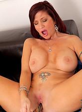 Brittany Blaze  Horny milf Brittany Blaze fucks her pussy using a glass sex toy