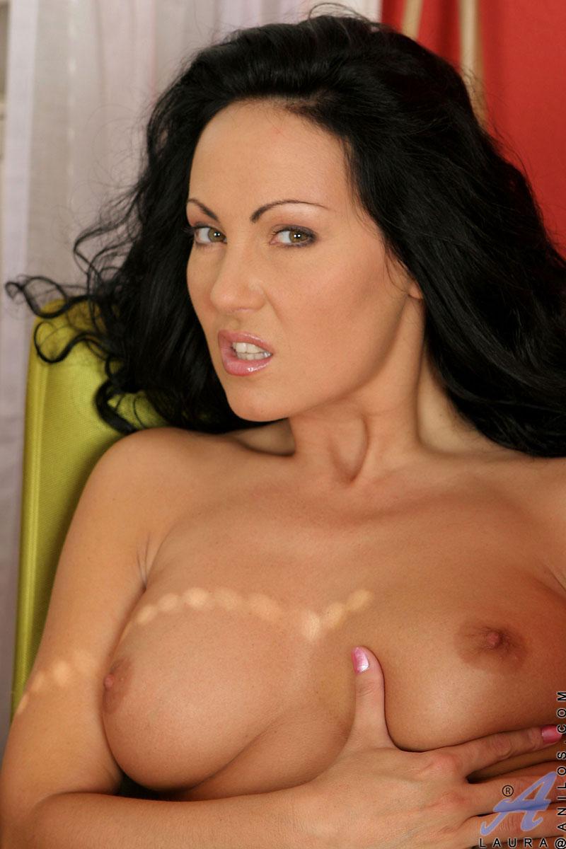 Best women?s erotica 2010