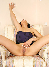 Tanned milf cutie nelli spreads her moist fuck hole for your viewing pleasure