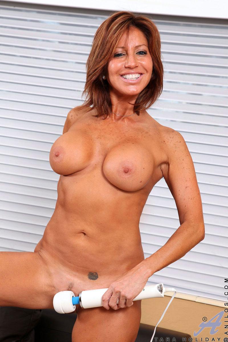 Opinion you cougar tara holiday nude sorry
