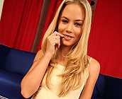 Sophia Lynn - Flirty blonde Sophia Lynn has sex on sofa with cumshot