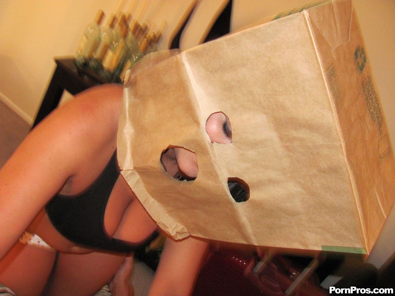 С пакетом на голове секс 2 фотография