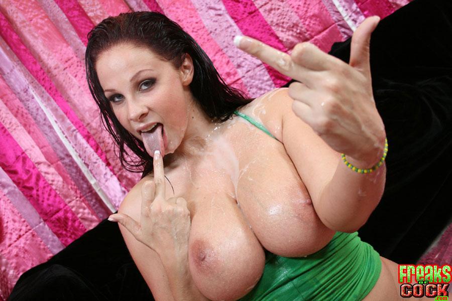 Gay porn with dildos