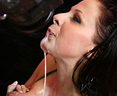 Gianna Michaels - Busty slut Gianna fucks huge black cock