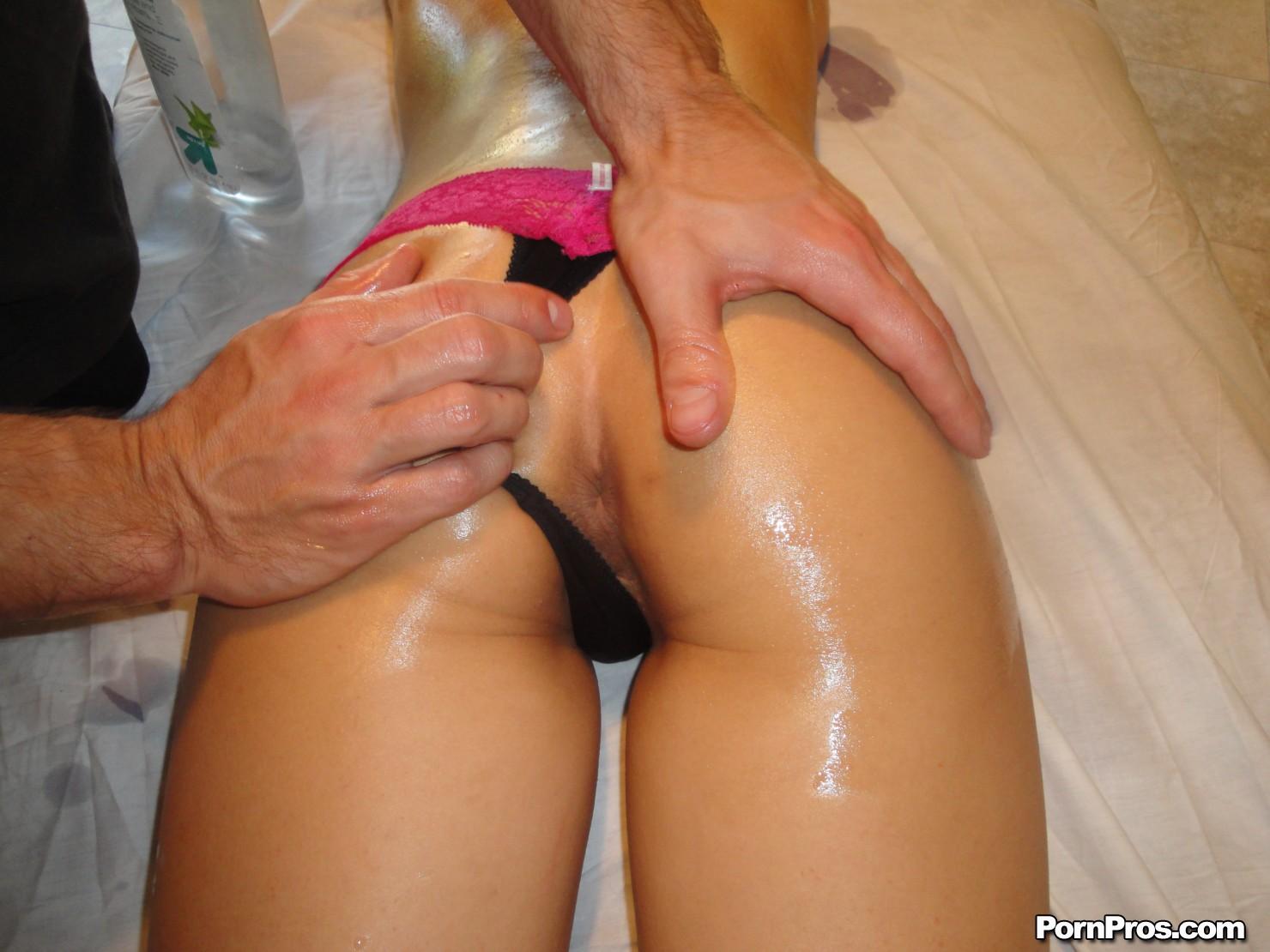 massage happy ending adult Victoria