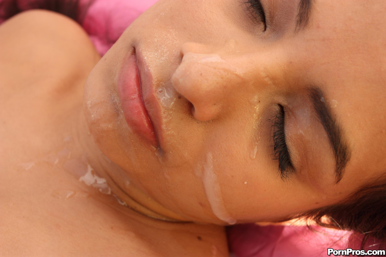 Спящие сперма на лице фото 21 фотография