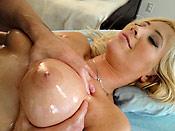 Tasha Reign - Juicy slut getting her pussy massaged