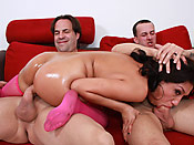 Vicky Chase - Eager cunt deepthroating two guys at once