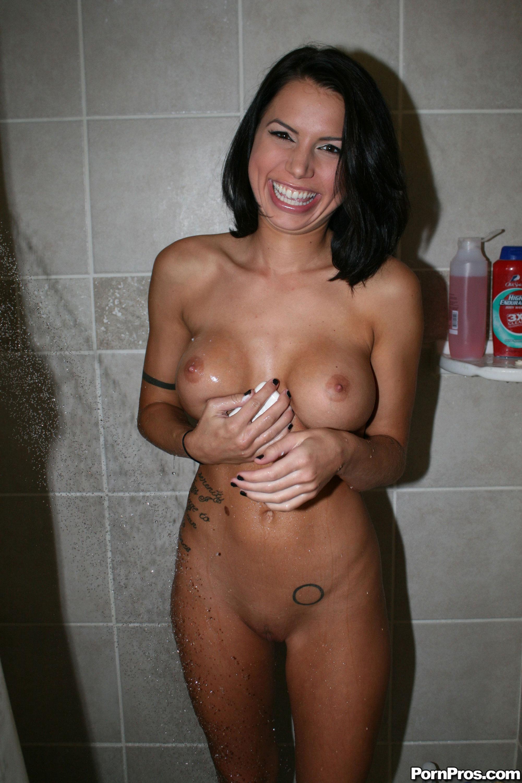 alexis bledel nude pics