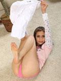 Brunnette teen annette spreading her legs exposing her shaved pussy