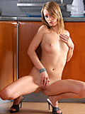 Leggy ash so smooth and fresh when showing her naked body all the way