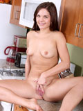 Lovely amateur Elizabethanne gets naked and showing off her sexy asshole in the kitchen