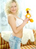 Lovely tamara never get shy showing of her curvaceous body on camera