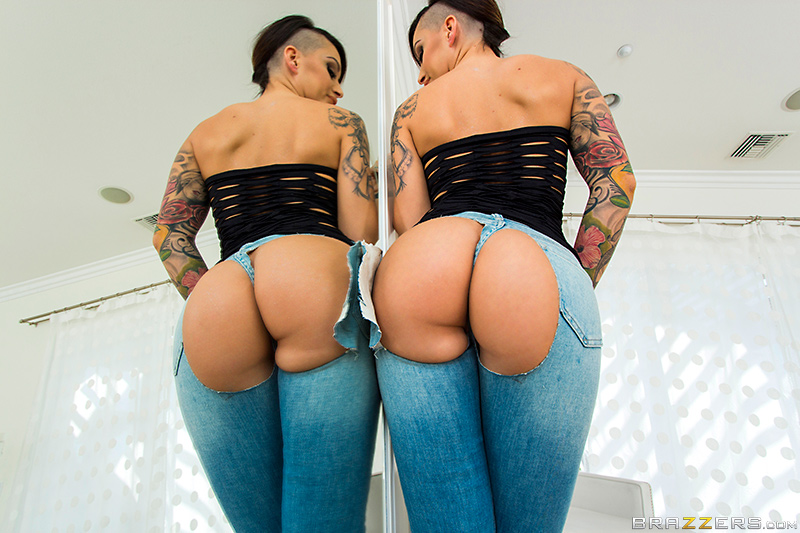 Collection Big Booty In Tight Jeans Porn Pictures - Amateur Adult ...