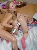 Teen cuties playing lesbian games