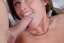 Juicy hottie gets her holes drilled