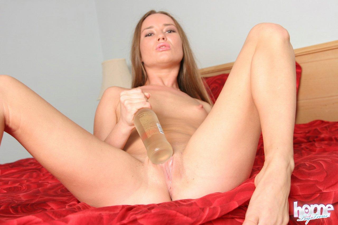 Naked images of beautiful girls