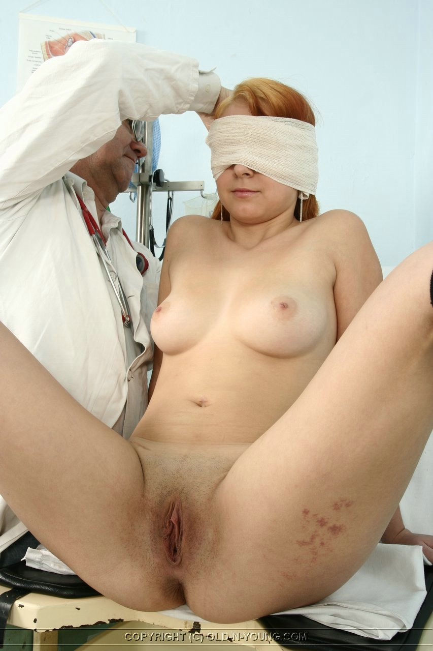 Секс у гинеколога порно фото 21 фотография
