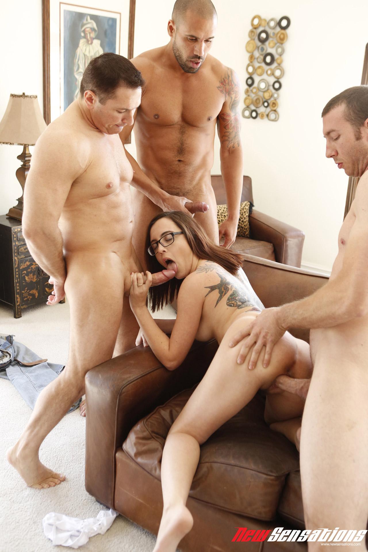 Секс 4 человек 2 фотография
